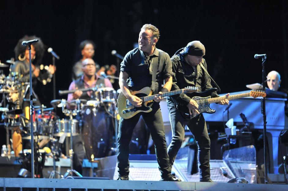 All'inizio del concerto Springsteen ha cantato «O sole mio» (Ansa)