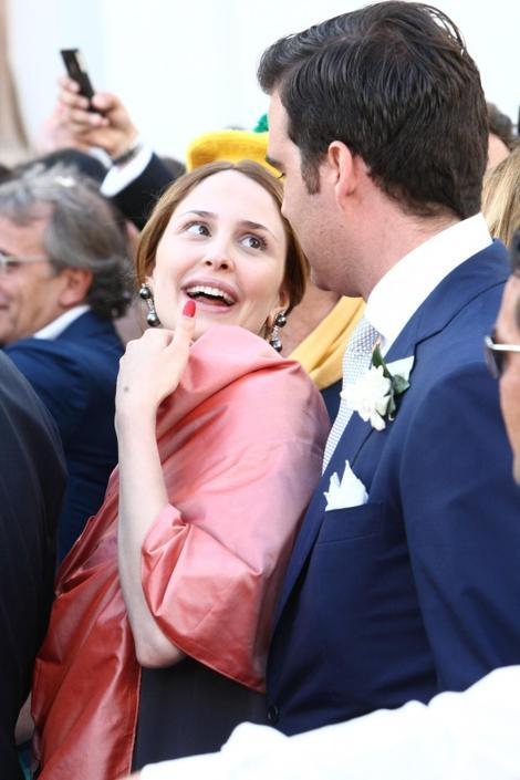 Matrimonio Letizia Romano : Noemi letizia al matrimonio del cognato