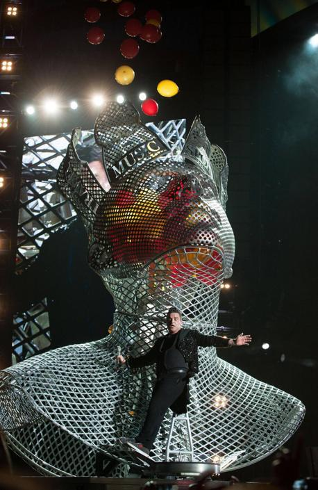 Robbie Williams in concerto a San Siro (Ansa/F. Diena)