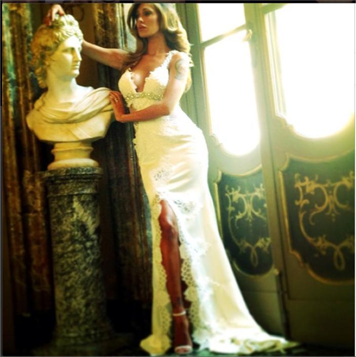 Matrimonio Gipsy Che Significa : Belen su instagram sexy prove dell abito prima delle nozze