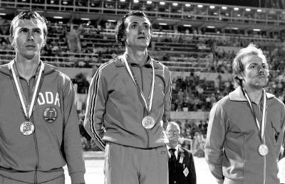 Il podio dei 200 metri: da sinistra il tedesco dell'Est Ommer, argento, Mennea oro e Borzov, bronzo (Olycom)