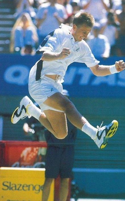 Il tennista ceco Petr Korda: anche lui assunse involontariamente nandrolone per via di una mangiata di bistecche