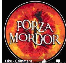 ?Forza Mordor?,  votate la forza dell?anello (con evidenti riferimenti alla saga di Tolkien, «Il signore degli anelli»