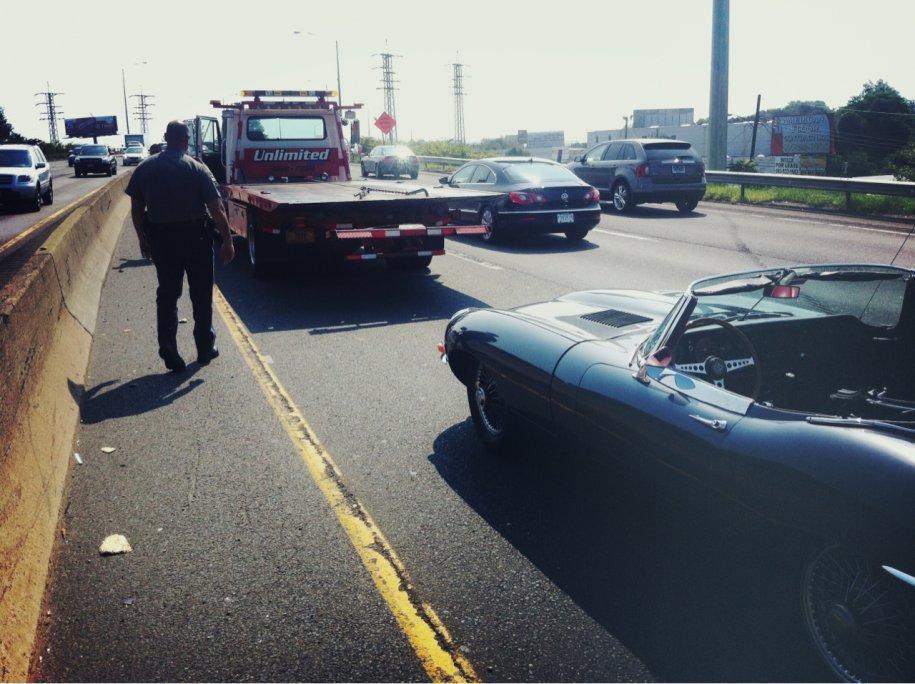 9 - Una vita normale (pur con belle macchine): qui la foto di un problema con la trasmissione dell'auto durante una gita