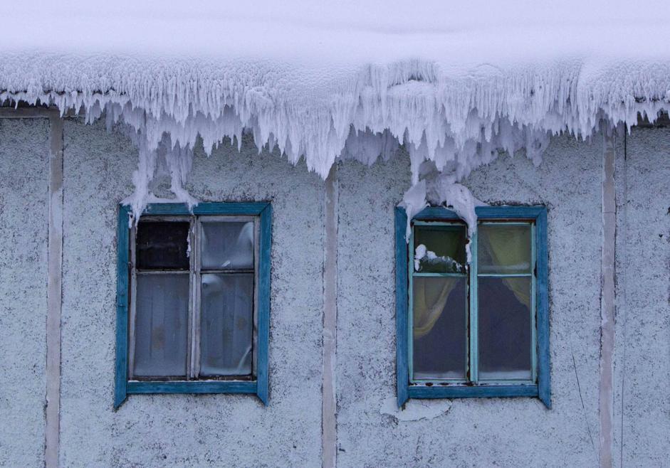 Il villaggio di Tomtor, nella valle di Oymyakon (Reuters/Maxim Shemetov)