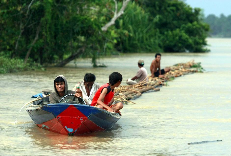 Il presidente indonesiano Susilo Bambang Yudhoyono ha firmato un decreto di moratoria per i permessi di deforestazione per un totale di 600 mila chilometri quadrati (Epa/Indahono)