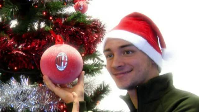 """All I want for Christmas is AC Milan"": il video di auguri del Milan"
