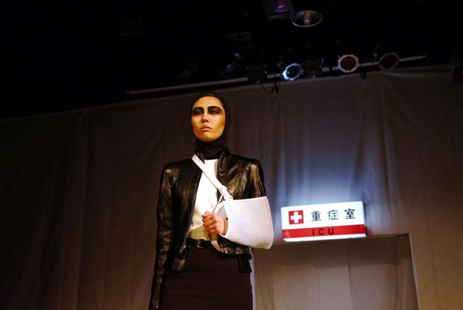 «Le marche più famose ci stanno trasformando in vittime inconsapevoli della moda che inquina», spiega Li Yifang, responsabile della campagna Inquinamento di Greenpeace Asia orientale (Reuters)