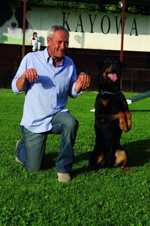 ...e con Leòn all'Indiana Kayowa, il centro di addestramento di Perla a Roma