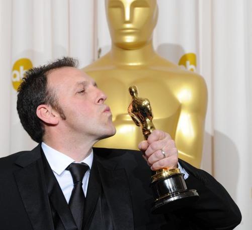 L'altro italiano premiato,  Mauro Fiore, vincitore dell'Oscar per la fotografia (Afp)