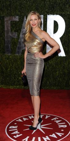 Cameron Diaz dopo: tolto il vestitone della festa, eccola in versione più glamour per il party di Vanity Fair (Ap)