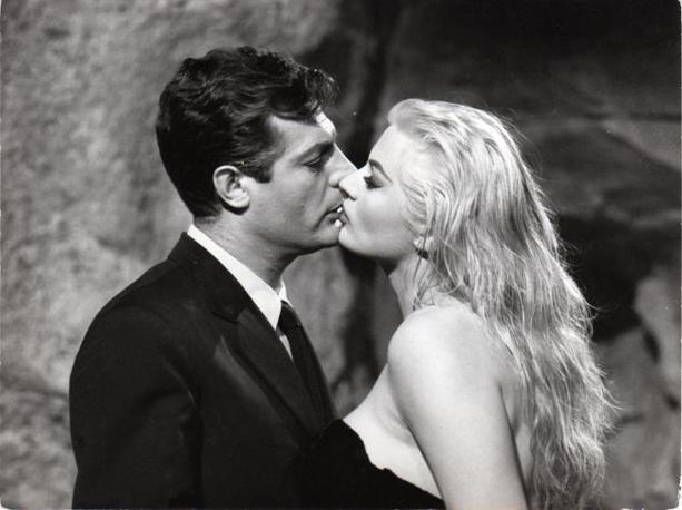 Anita Ekberg e Marcello Mastroianni, La Dolce Vita, 1960  Fotografia del set