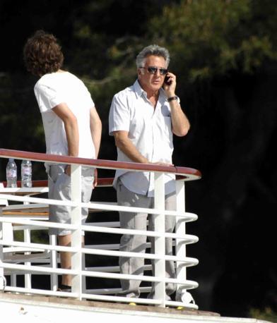 Dustin Hoffman a Cannes con la famiglia (Lapresse)
