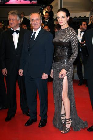 Dario e Asia Argento sul Red Carpet di Cannes per il film Dracula 3D (Olycom)