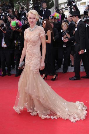 65° Festival del Cinema di Cannes, lo strascico protagonista sulla Croisette. Nella foto Naomi Watts (Olycom)