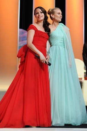 Berenice Bejo e Diane Kruger alla cerimonia inaugurale del 65esimo Festival di Cannes (Corbis)