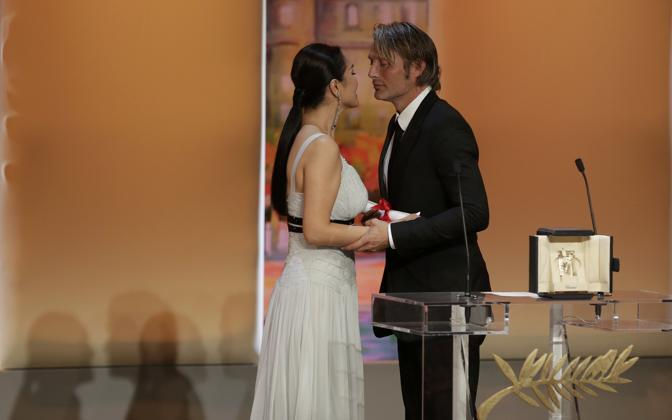 "Mads Mikkelsen, miglior attore con ""The Hunt"" (Reuters)"
