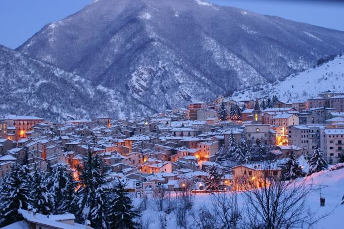 Scanno (L'Aquila): candido paese. Fotografia di Umberto71 (dal sito rete.comuni-italiani.it)