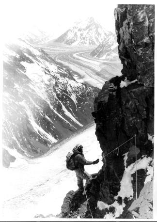 Verso il quarto campo sulla parete del K2