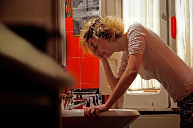 Roma,ore 9.45 - Il risveglio dell?attrice Alba Rohrwacher - Foto di Philippe Antonello