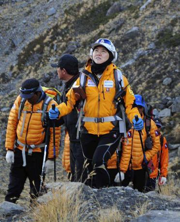 Oh Eun-Sun all'inizio della scalata verso il suo 14esimo ottomila  (Ap)