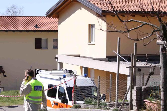 La casa dove vivevano la vittima e il marito, arrestato per l'omicidio, a Castel San Pietro nel Canton Ticino (Crespi)