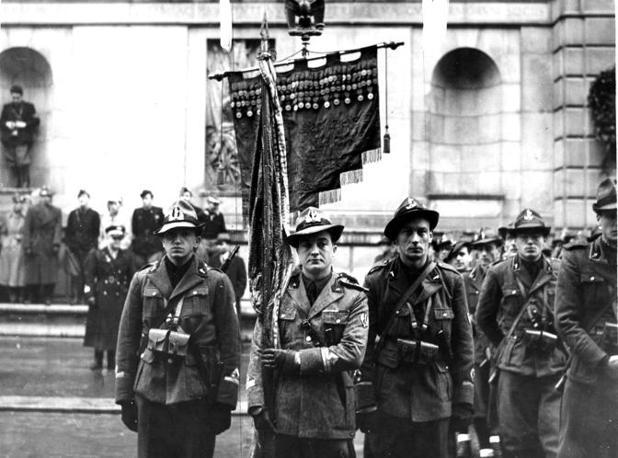 Padova, 1940: raduno dei volontari universitari