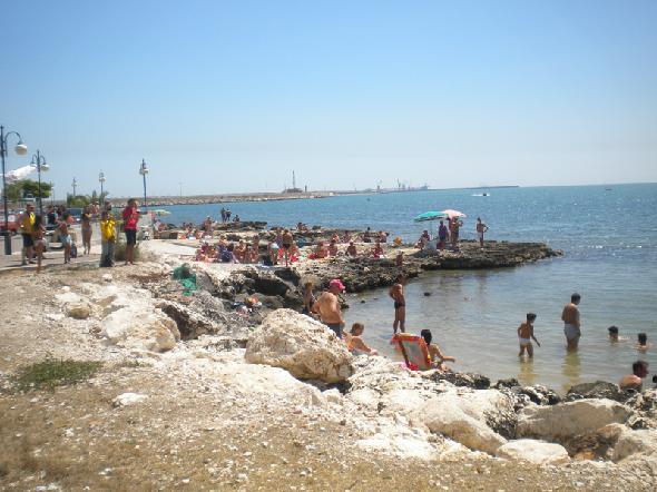 La scogliera di Manfredonia
