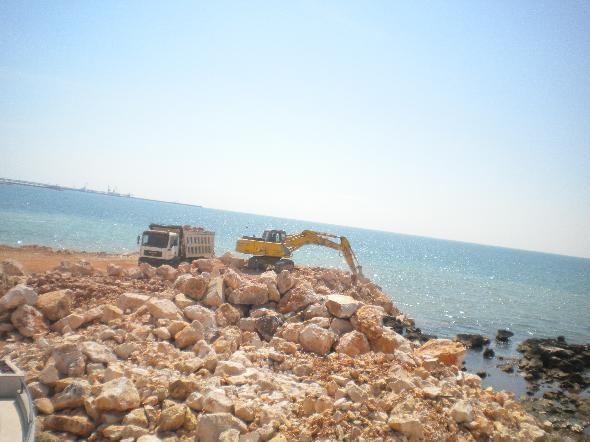 I lavori sulla scogliera di Manfredonia