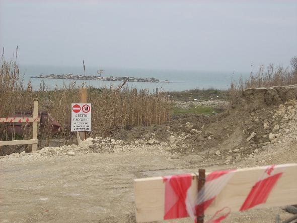 Postilli Riccio, tratto di spiaggia tra Ortona e Francavilla. Il cantiere dei lavori 