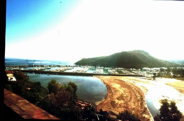 Cala Galera, vicino Porto Ercole. Una foto dei lavori per l'interramento durante la costruzione del porto