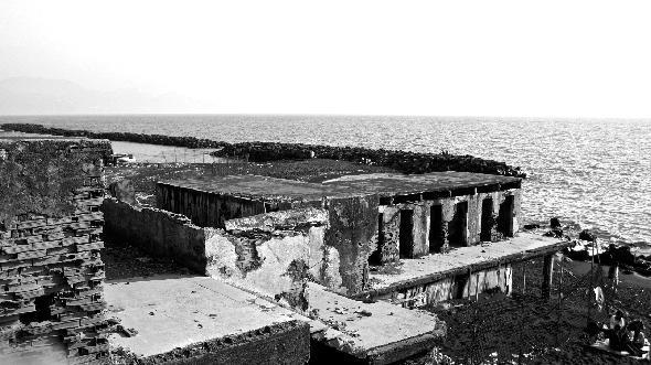 Torre del Greco, Napoli. Credo che queste immagini si commentino da sole e non servano ulteriori dettagli (Segnalzione firmata)
