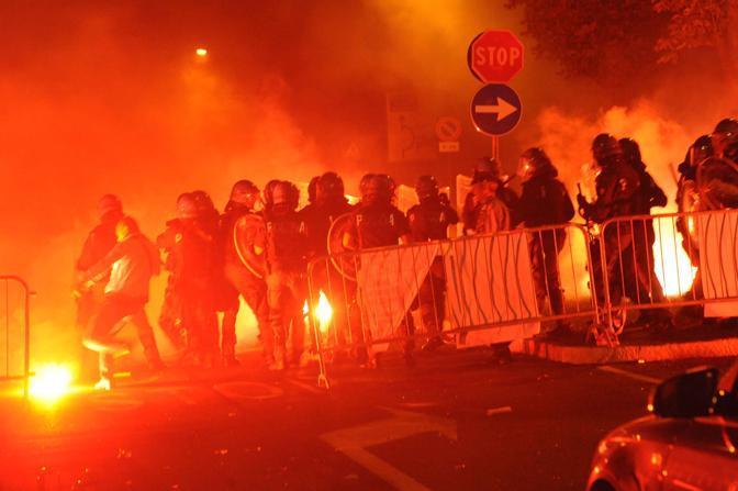 Violenta protesta dei tifosi dell'Atalanta al «Berghem fest» contro la tessera del tifoso (Cavicchi)