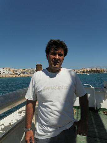 Il capitano Gaspare Marrone comandate del motopeschereccio «Ariete» (Ansa)