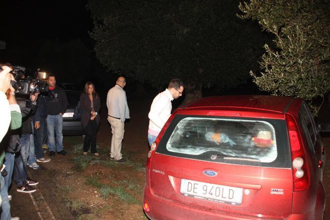 Ivano Russo, amico di Sarah, lascia il luogo dove è stato ritrovato il cadavere (Ansa/Ingenito)