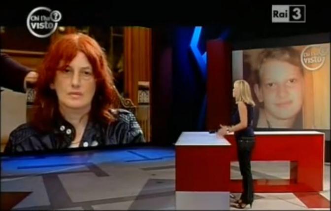 La madre di Sarah durante l'epilogo in diretta Rai al programma «Chi l'ha visto?», condotto da Federica Sciarelli (Newpress)