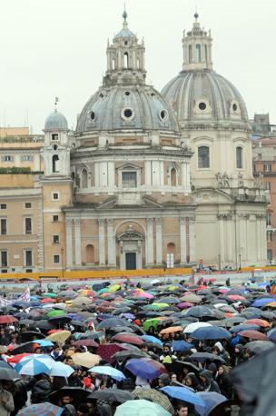Manifestazione degli studenti contro la riforma Gelmini a Roma (Blow Up)