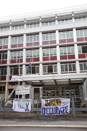 MILANO Occupato anche il Liceo Cremona