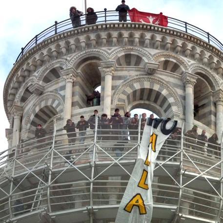 PISA Gli studenti occupano la Torre