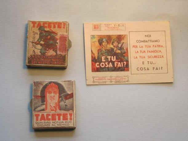 Durante la seconda guerra mondiale anche le scatole di fiammiferi diventano veicolo di propaganda: con queste si esorta a non diffondere notizie e a arruolarsi (Foto: Fagnani. Archivio Tunesi)