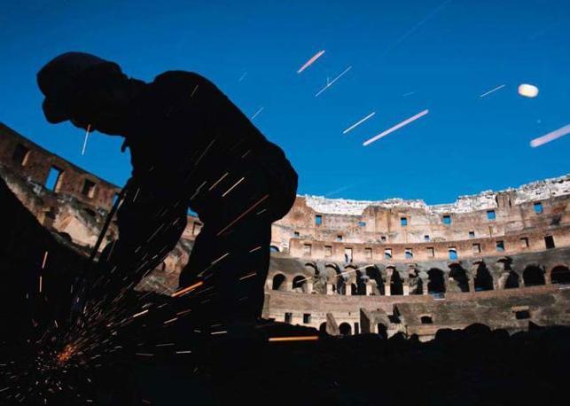 Mario Petricca, capo-cantiere Manutenzione del Colosseo, lavora per l?adeguamento, la protezione e la salvaguardia dei nuclei ruderali del monumento -