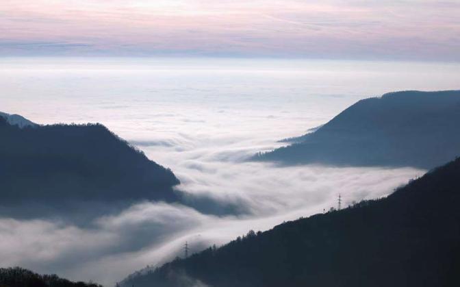 La val Brembana dalle colline sopra la località di Zogno - Foto di  Enzo Ranieri