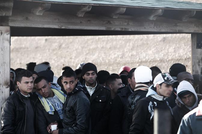 Nella notte un migliaio di clandestini è sbarcato a Lampedusa (LaPresse)