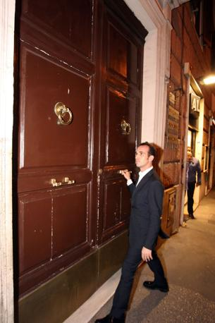 Tarantini avrebbe ottenuto grosse somme di denaro dal premier attraverso la mediazione di Valter Lavitola (Jpeg fotoservizi)