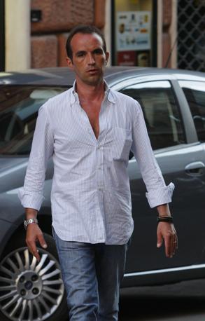 Tarantini è stato processato per il sexygate di Bari. Avrebbe condotto o in qualche modo procurato escort o ragazze compiacenti per le feste organizzate da Berlusconi a Palazzo Grazioli (Ansa)