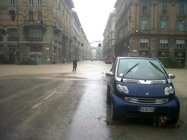 L'imboccatura di via XX Settembre, all'incrocio tra i Giardini di piazza Verdi e piazza della Vittoria(Ansa)