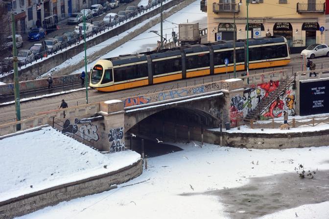 Il naviglio a Milano (Fotogramma/Albertari)