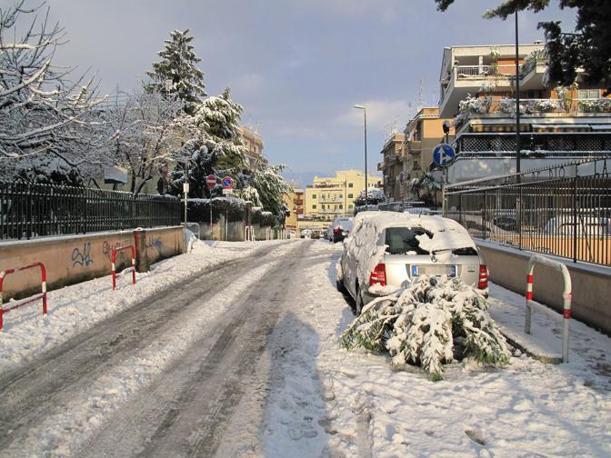 Neve a Roma (Ansa/Gerace)