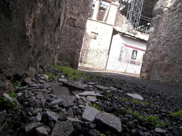 Immagini del degrado di Pompei