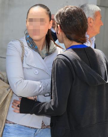 Studentesse della scuola oggetto dell'attentato (Ansa)